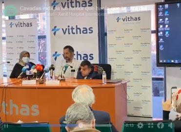 Cavadas extirpa un tumor de la cara  paciente llegara por debajo de la cintura en Vithas Xanit